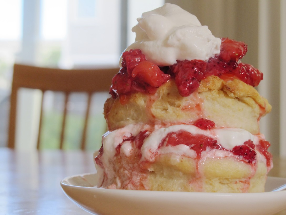 Mayka Mei Strawberry Shortcake